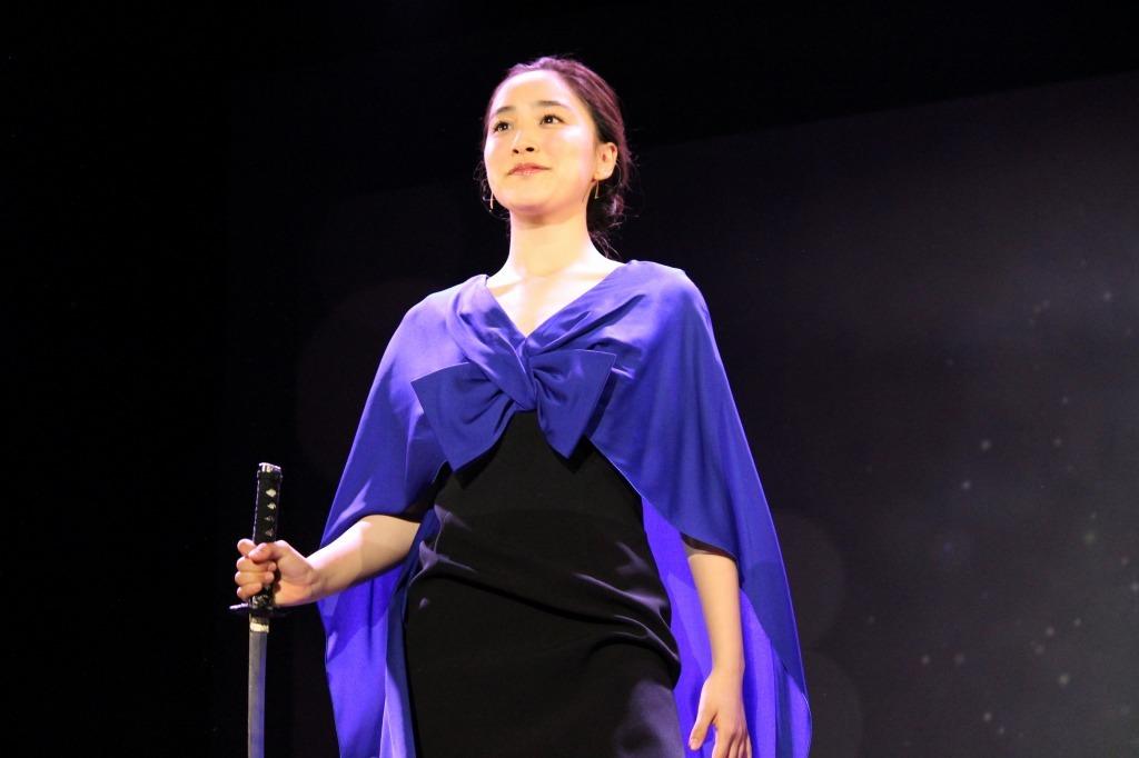吉田美佳子はイリュージョンで登場