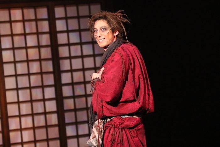 『天保十二年のシェイクスピア』の舞台写真 高橋一生 (オフィシャルより提供)