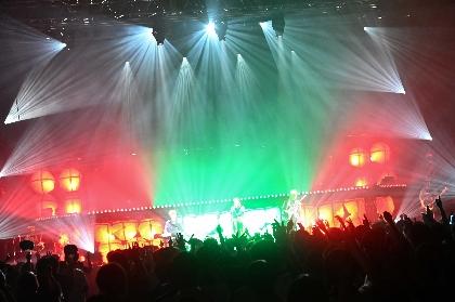 ツユ「これからもツユは最高の作品を作って盛り上げていきます」 未来への期待にあふれたZepp Tokyo公演、配信ライブをレポート