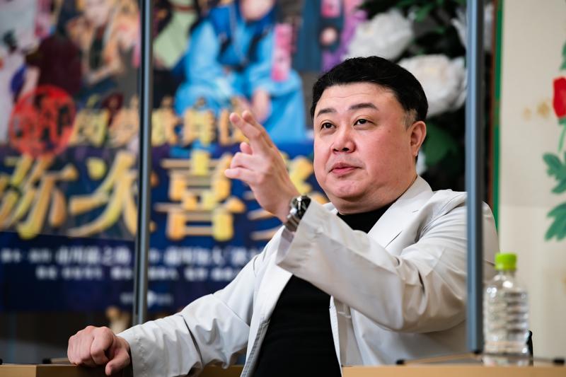 もちろん真面目なお話も。図夢歌舞伎『弥次喜多』では葉刈五郎役を勤めた。