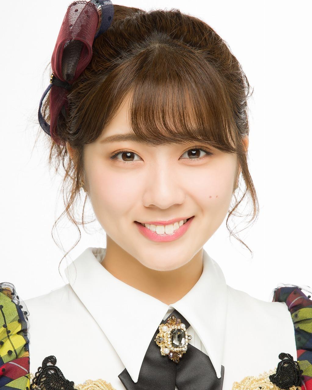 清⽔⿇璃亜(AKB48)