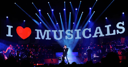 ピーター・ジョーバック、ラミン・カリムルー、ノーム・ルイスの3人のファントムが競演 『I LOVE MUSICALS』が7月7日に日本武道館で開催