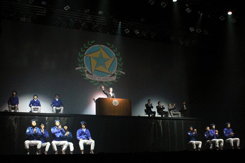 自由惑星同盟側の事情……ヤンは演説に不信感を抱く。