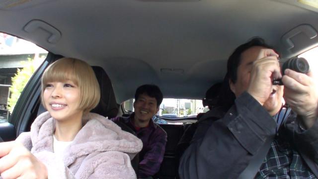 「車あるんですけど…?」12月10日放送回のワンシーン。(c)テレビ東京