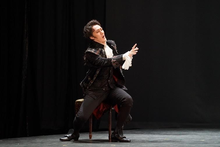 東京藝術大学 オペラ定期公演『フィガロの結婚』(2017) 伯爵役  写真提供:東京藝術大学