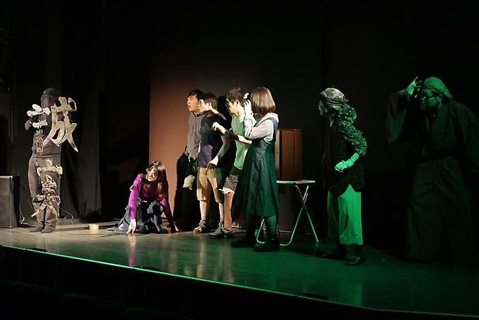 テアトロコント『森』舞台写真