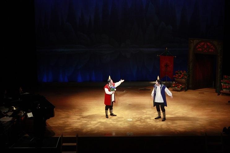 松井和彦作曲ファンタジックオペラ「泣いた赤鬼」(過去の公演より)