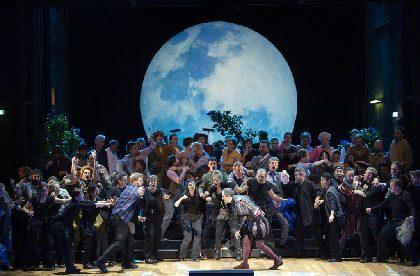 ワーグナー唯一の喜劇『ニュルンベルクのマイスタージンガー』が国際共同制作で15年ぶり東京公演