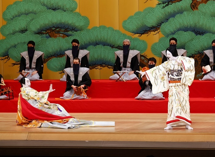 『身替座禅』中村時蔵(右)、尾上菊之助(左) (C)松竹