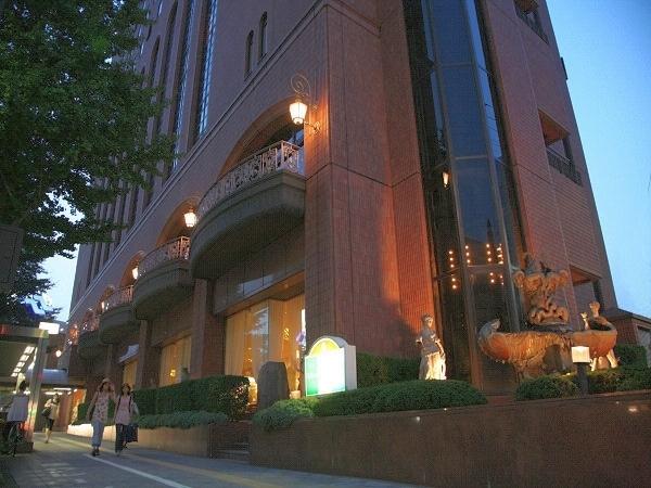 【1位:江陽グランドホテル】外観