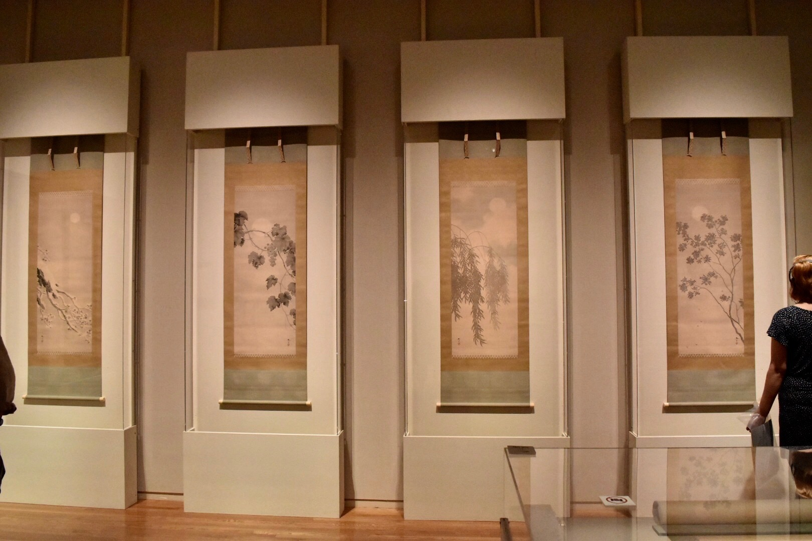 菱田春草 《月四題》 1909-10(明治42-43)年頃 山種美術館蔵