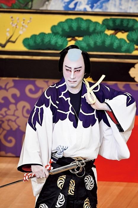 お祭り 『牡丹花十一代』鳶頭=市川海老蔵 (C)松竹株式会社