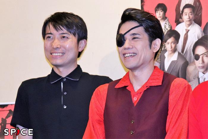 (左から)中屋敷法仁、五関晃一