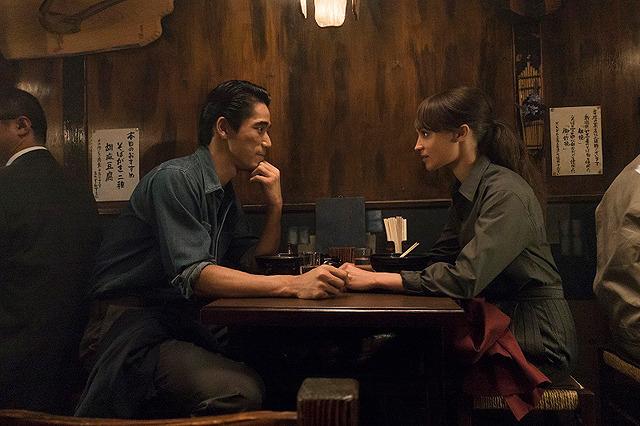 Netflix映画『アースクエイクバード』  11月15日(金)より独占配信開始