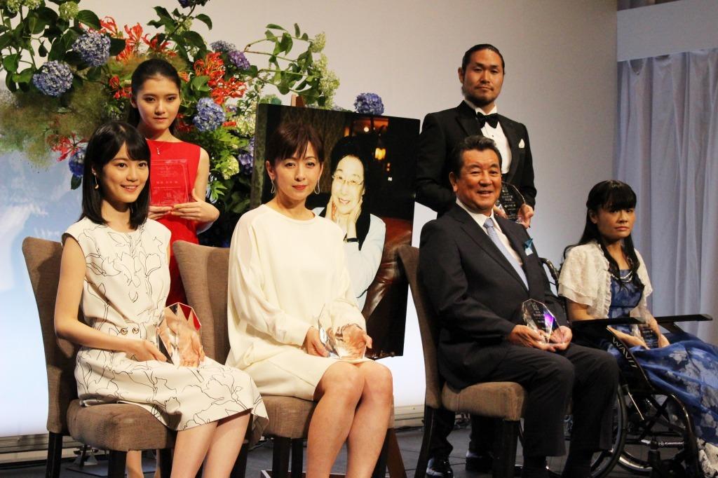 第8回 「岩谷時子賞」 授賞式