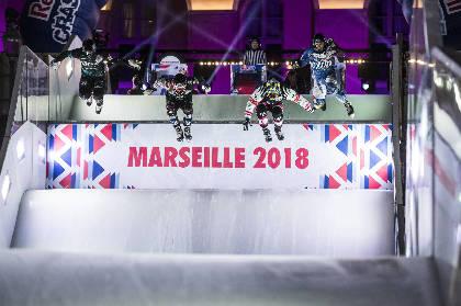 ホッケー、スキー、スノボが融合!? アイスクロス・ダウンヒルの世界選手権が日本初上陸