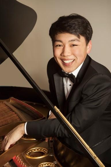 ジョージ・リー(ピアノ) ©Christian Steiner