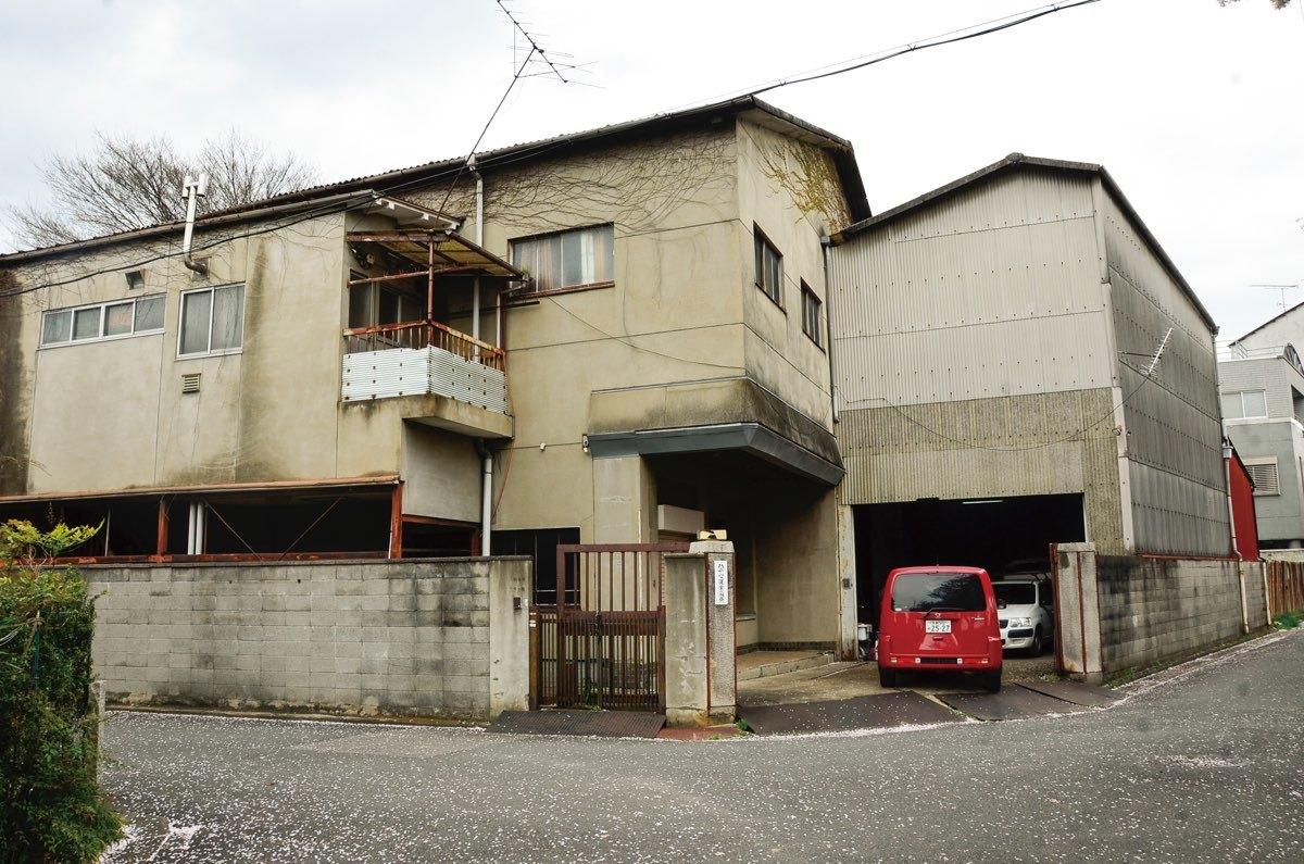 [Theatre E9 Kyoto]設置が予定される、京都の不動産会社「八清」の倉庫。「八清」は町家のモダンなリノベーションで、建築マニアの間で人気の高い会社だ。
