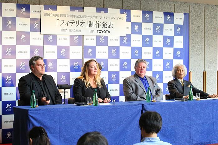左からダニエル・ウェーバー、カタリーナ・ワーグナー、ステファン・グールド、飯守泰次郎 (撮影:宮川舞子 提供:新国立劇場)