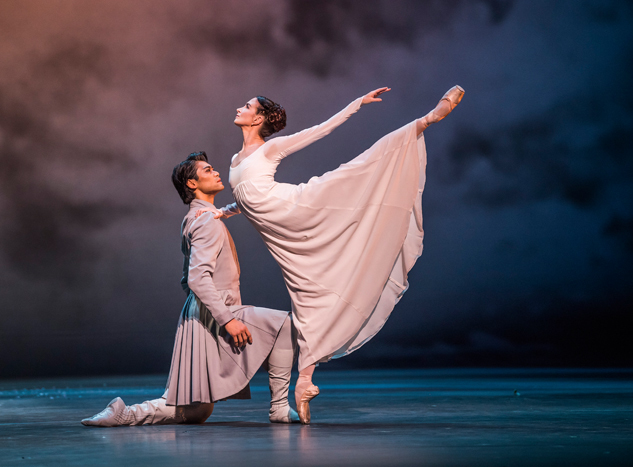 The Winter's Tale. Ryoichi Hirano as Leontes and Lauren Cuthbertson as Hermione (C)ROH,2018.ph.byTristram Kenton