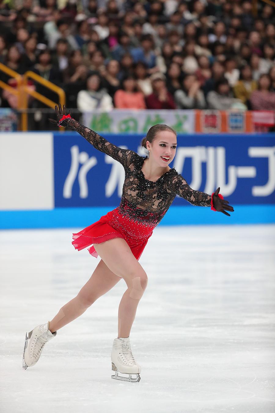 『平昌オリンピック2018』金メダリストのアリーナ・ザギトワ