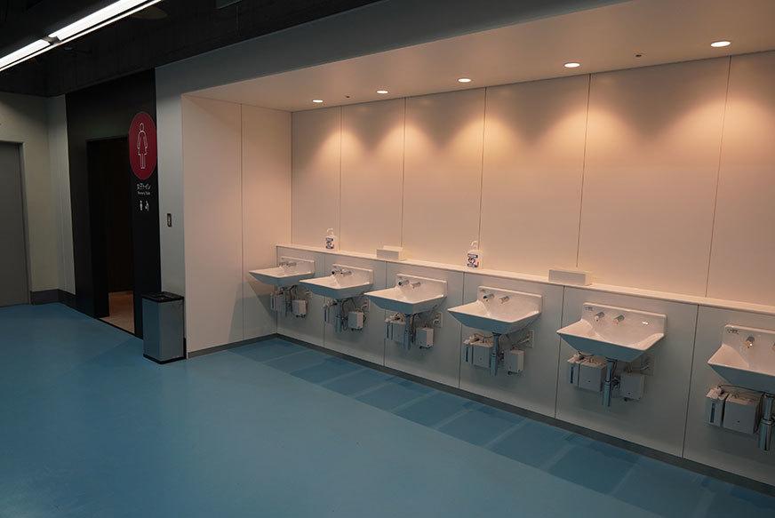 手洗い器を146個増設。感染症対策に気を配っている