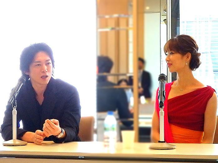 左から宮尾俊太郎、中村祥子