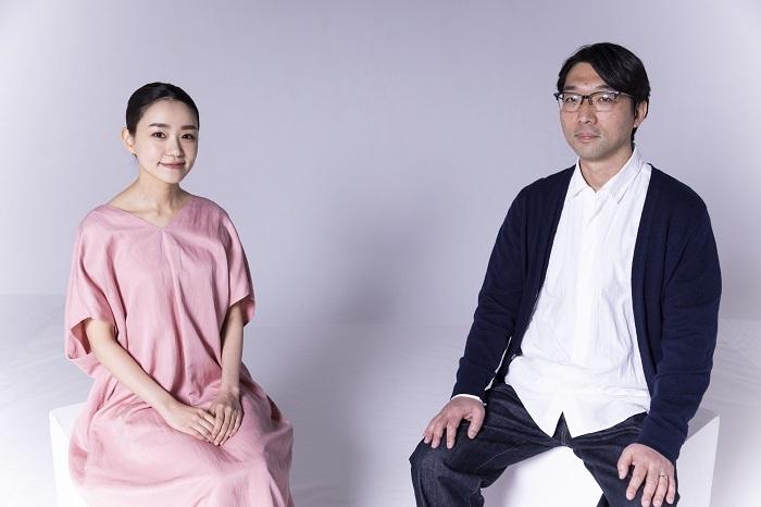 (左から)奈緒、倉持裕