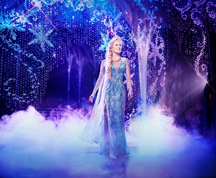 Caissie Levy as Elsa in FROZEN on Broadway. Photo by Saint ©Disney 海外公演より