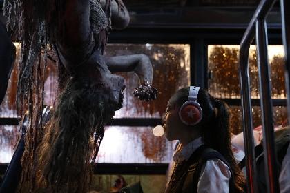山田裕貴主演の青春映画『あの頃、君を追いかけた』原作者が放つ、ポップでグロイ学園ホラー!『怪怪怪怪物!』が再上映へ