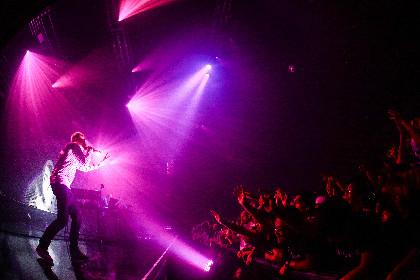 2000人を超える観客が酔いしれた夜、アンダーワールドの大阪公演をレポート