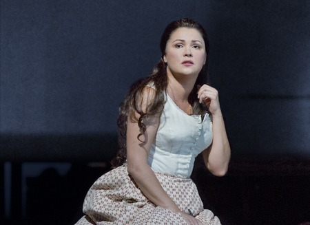 ヴェルディ『イル・トロヴァトーレ』 (C)Ken Howard / Metropolitan Opera