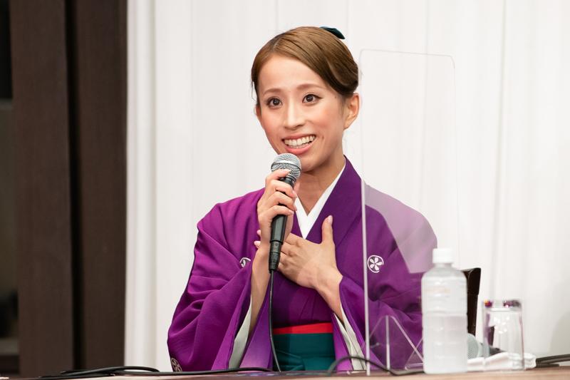 東京出身の千咲えみ。東京公演がなかった時期もあったことから「いまは毎年東京公演ができることを幸せに感じます」とコメント。