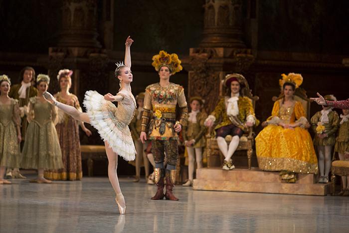 『眠れる森の美女』ミリアム・ウルド=ブラーム © Christian Leiber / Opéra national de Paris