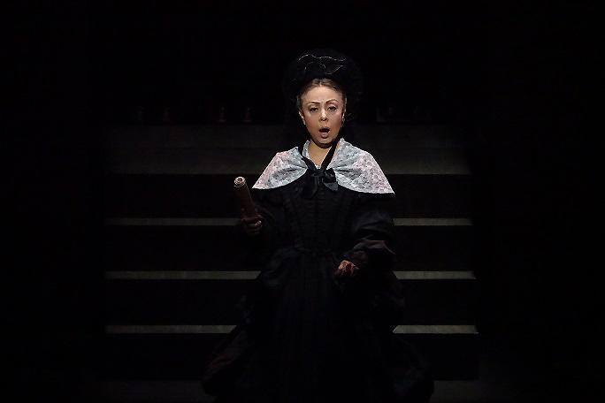 関西二期会第85回オペラ公演「修道女アンジェリカ」侯爵夫人(H28年6月26日) 写真提供:関西二期会