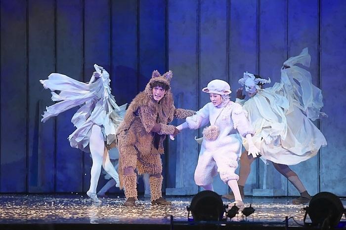 音楽劇『あらしのよるに』 舞台写真撮影:青木 司
