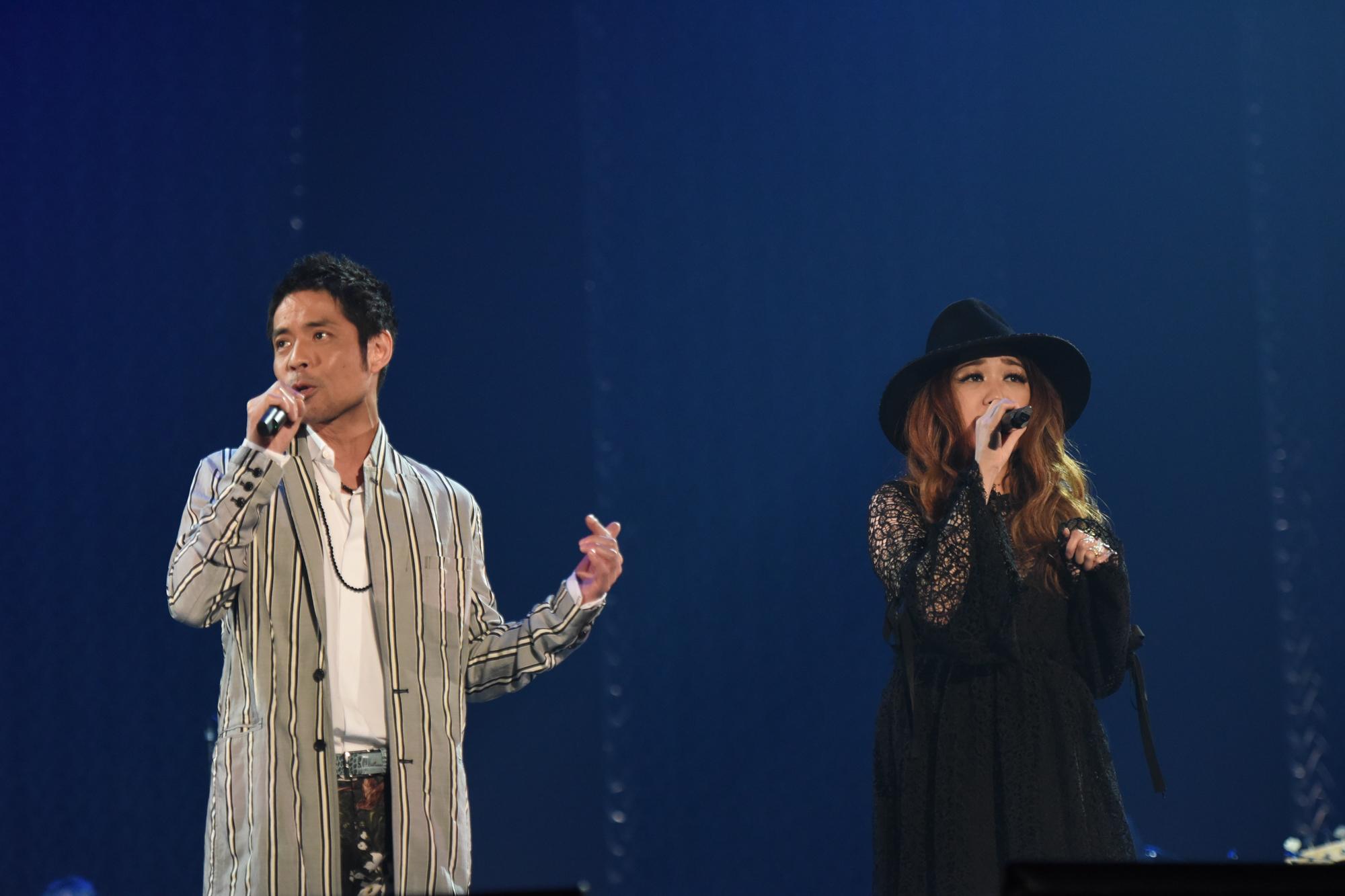 左から、久保田利伸、JUJU 撮影:中嶌英雄