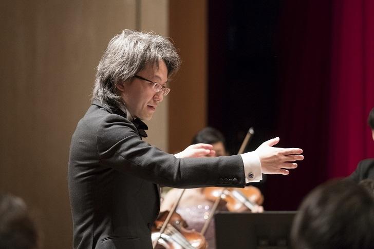 6月定期演奏会を指揮するのは、2年連続定期演奏会に登場する鈴木優人 (C)Team Miura