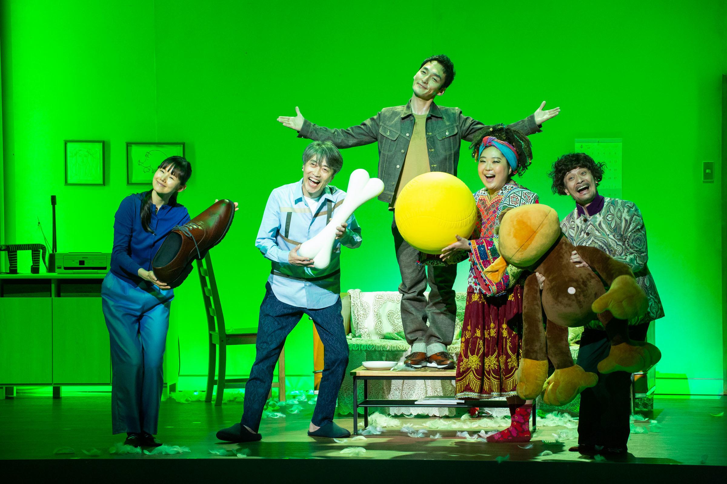 (左から)小西真奈美、池田成志、草彅剛、小林きな子、畠中洋 撮影:内池秀人