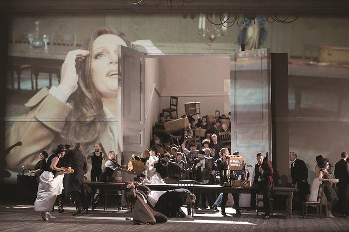 運命の力 LA FORZA DEL DESTINO. Christoph Loy's new production of La forza del destino (Dutch National Opera)  (c) Monika Ritter