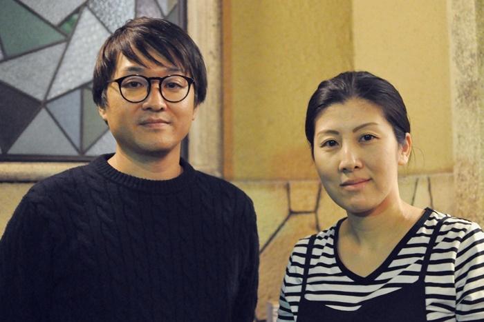 (左から)柳沼昭徳、阪本麻紀。