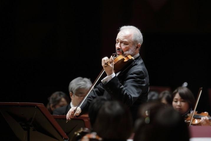 コリリアーノ「レッド・ヴァイオリン」組曲を演奏するシトコヴェツキー(第217回定期演奏会 2017.6) (C)s.yamamoto