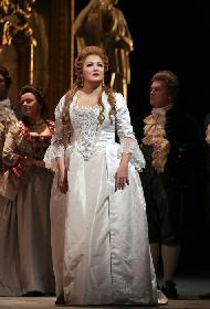 ミラノ・スカラ座の今期開幕公演『アンドレア・シェニエ』と、昨秋の『パヴァロッティ没後10年記念コンサート』をBSプレミアムシアターで
