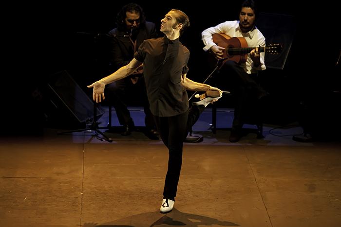 イスラエル・ガルバン『LA EDAD DE ORO-黄金時代』(C)Félix Vázquez