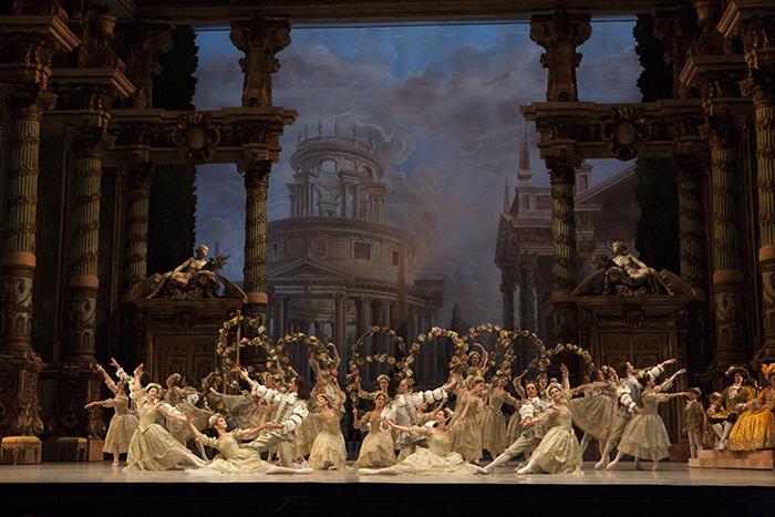 『眠れる森の美女』 © Christian Leiber / Opéra national de Paris