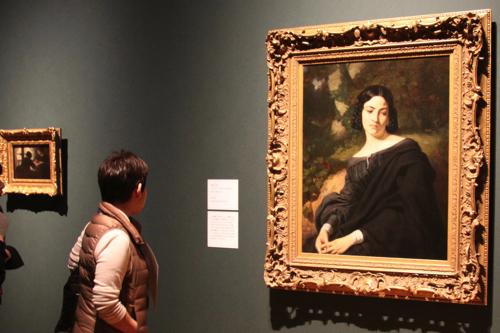 (右)トマ・クチュール《未亡人》1840年