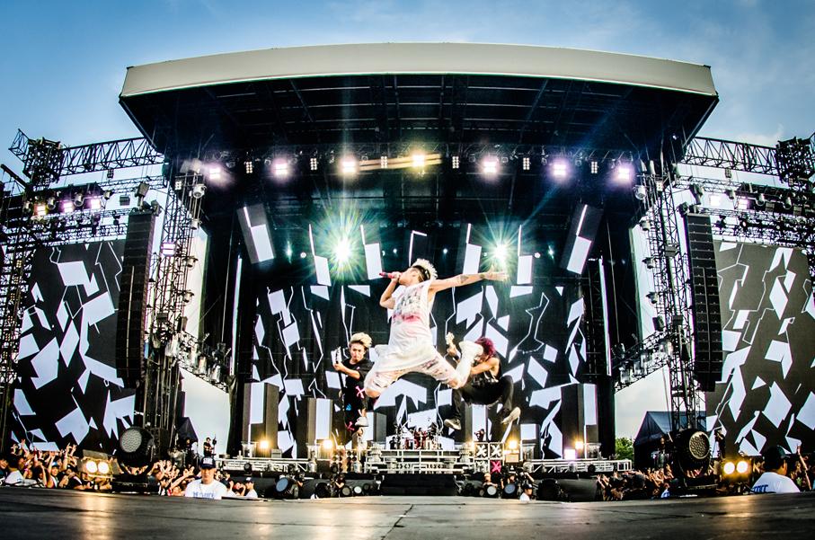ONE OK ROCK  撮影=JulenPhoto