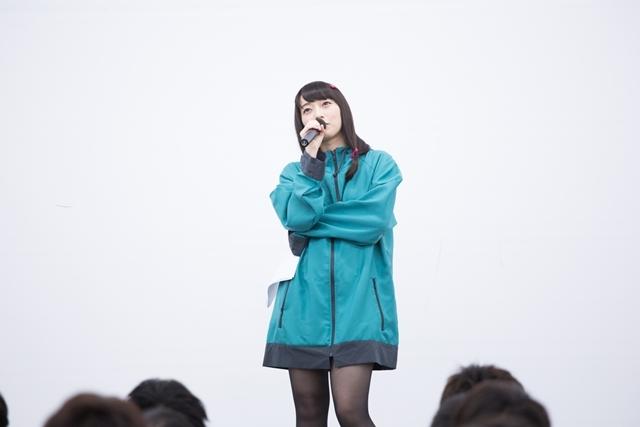 『エロマンガ先生』藤田茜さんが紗霧ダンス披露で布教活動!
