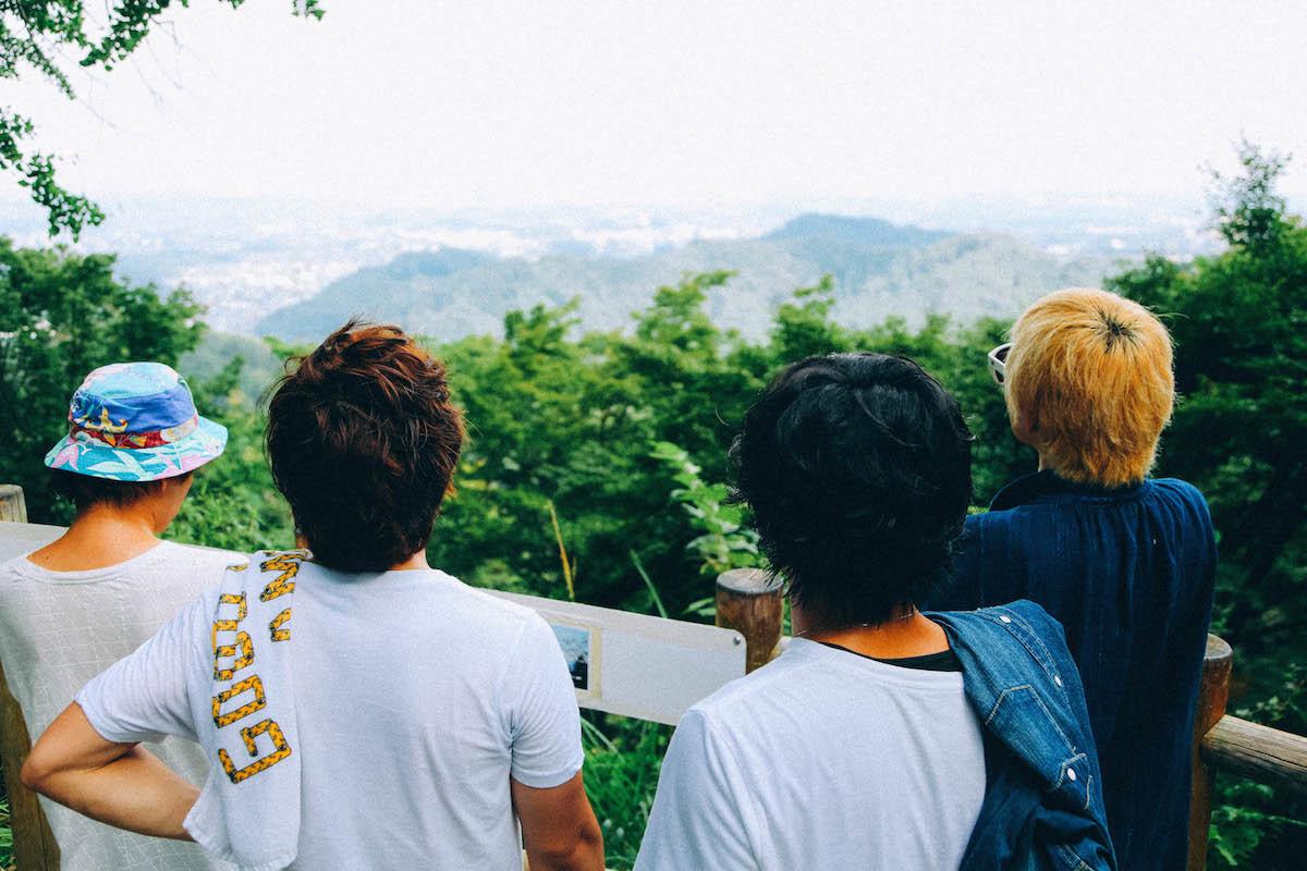 中腹からでもこの眺め。快晴時には東京湾まで一望にできるそう