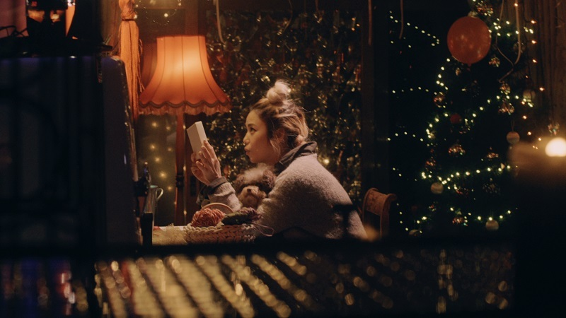 ユニクロ×Chara クリスマス企画「贈るって、楽しい。UNIQLO Xmas」